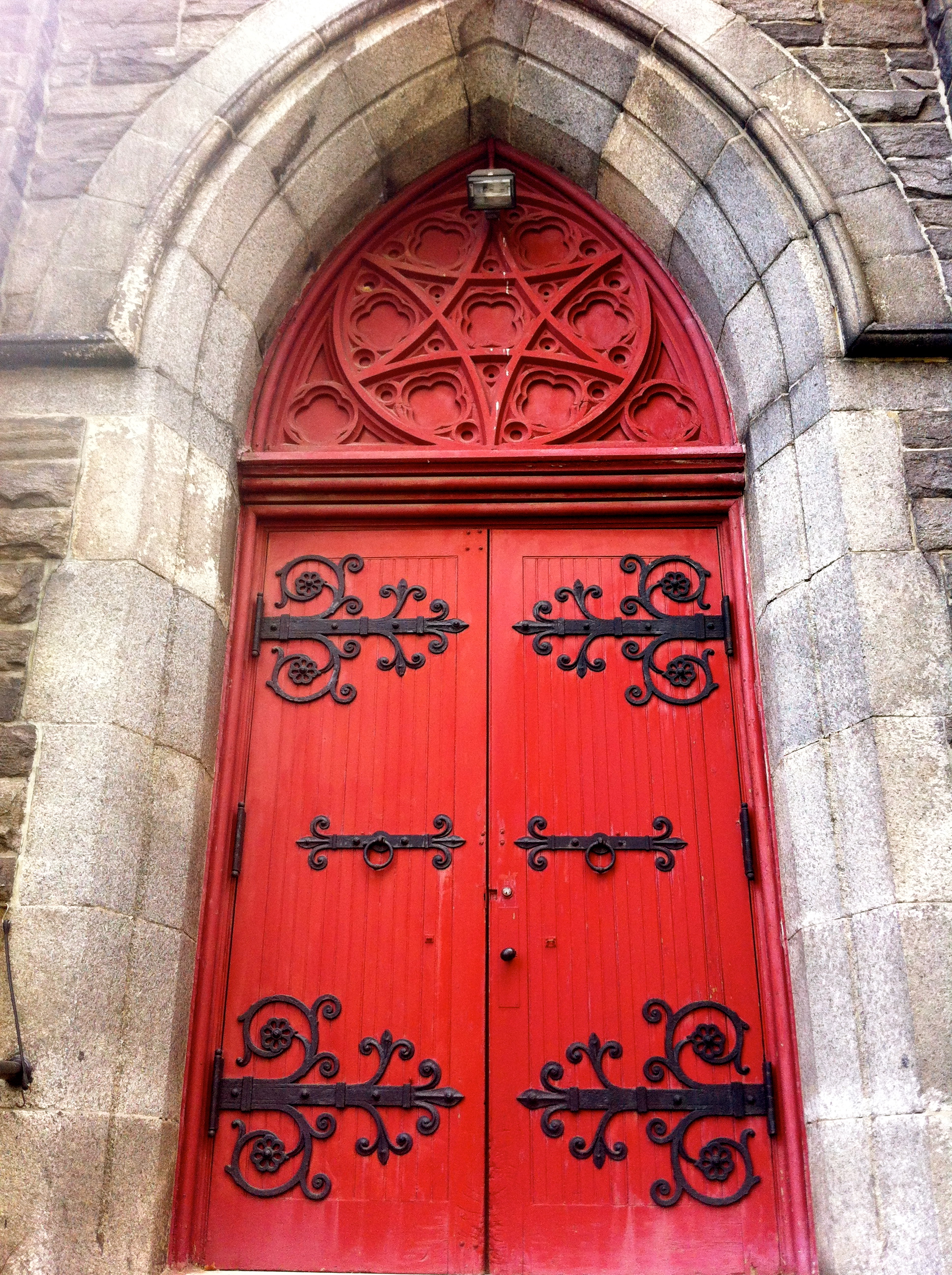 Filename: img_0626.jpg & Gothic Red Door Images - Reverse Search Pezcame.Com